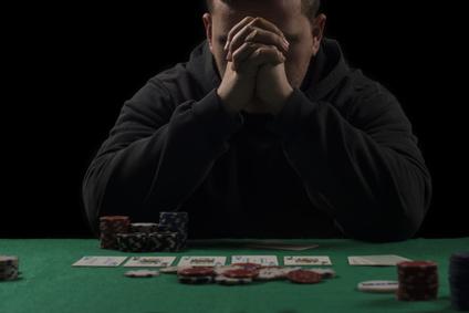 מכור להימורים